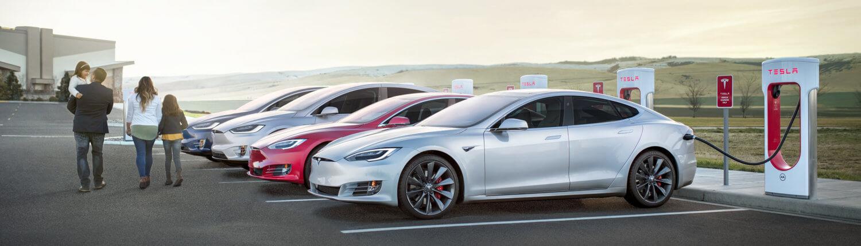 Hotelketens met laadpaal - Tesla SuperChargers