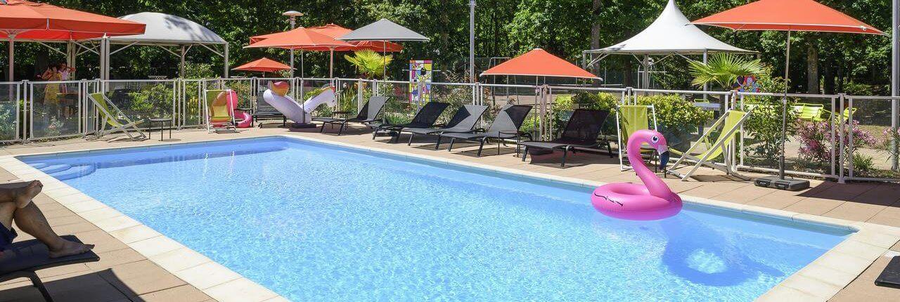 Zwembad Novotel Orleans Sud