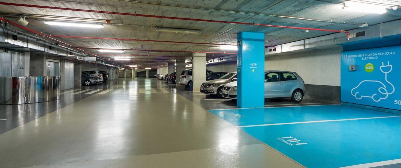 NH hotel met laadpaal - parkeergarage