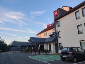 ibis hotel met laadpaal