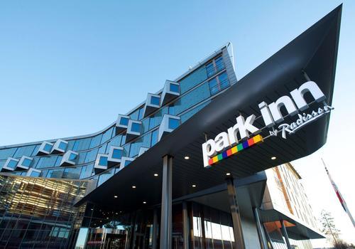 Park Inn hotel met laadpaal